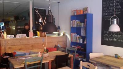 Kom naar Zas & Fratsen, hét café Vianen met niet alleen heerlijk eten en drinken